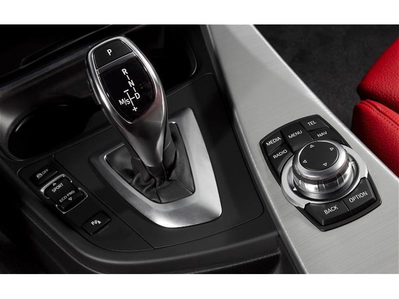 Premium Real Carbon A//T SMG Shifter Surround BMW 3 4 Series F30 F31 F32 F33