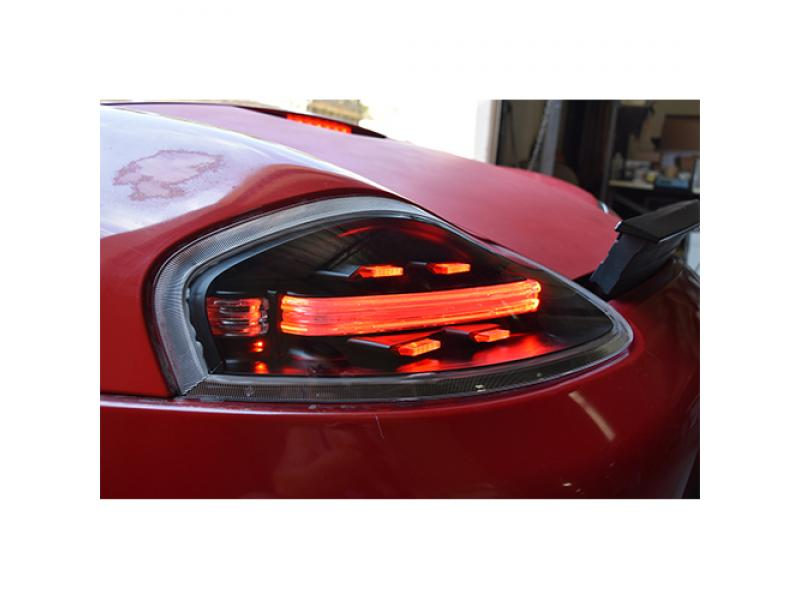 porsche boxster  chassis usr  style blackred  smokeclear led light bar tail