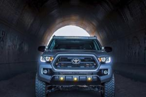 2016+ Toyota Tacoma DEPO LED DRL Pro Projector Headlights